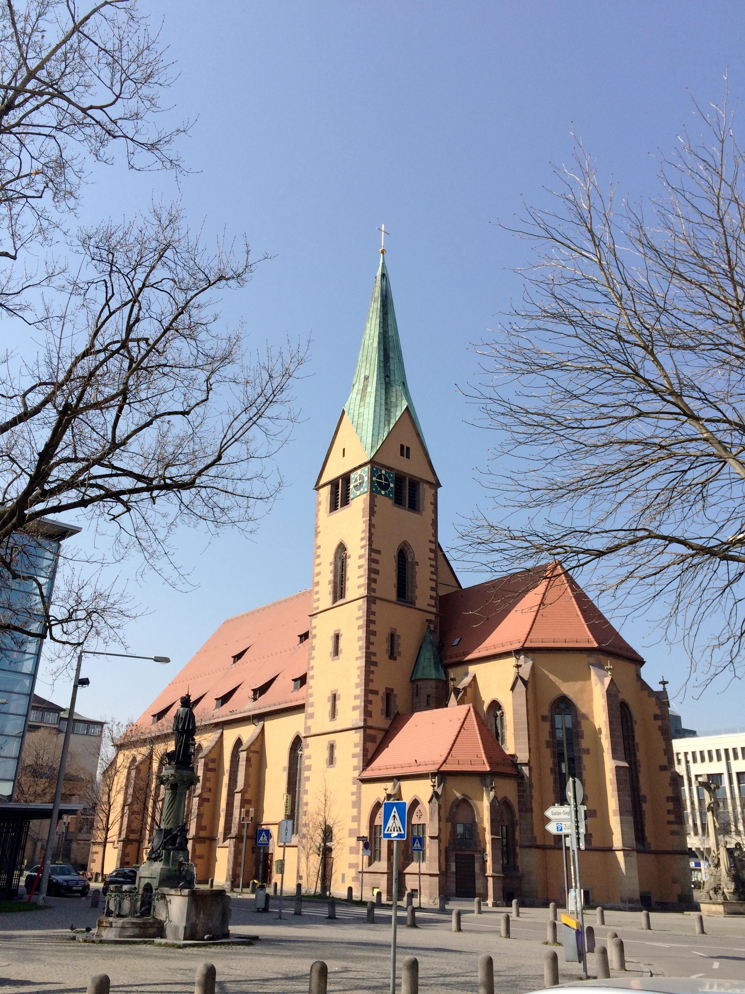 there are sooooo many churches around