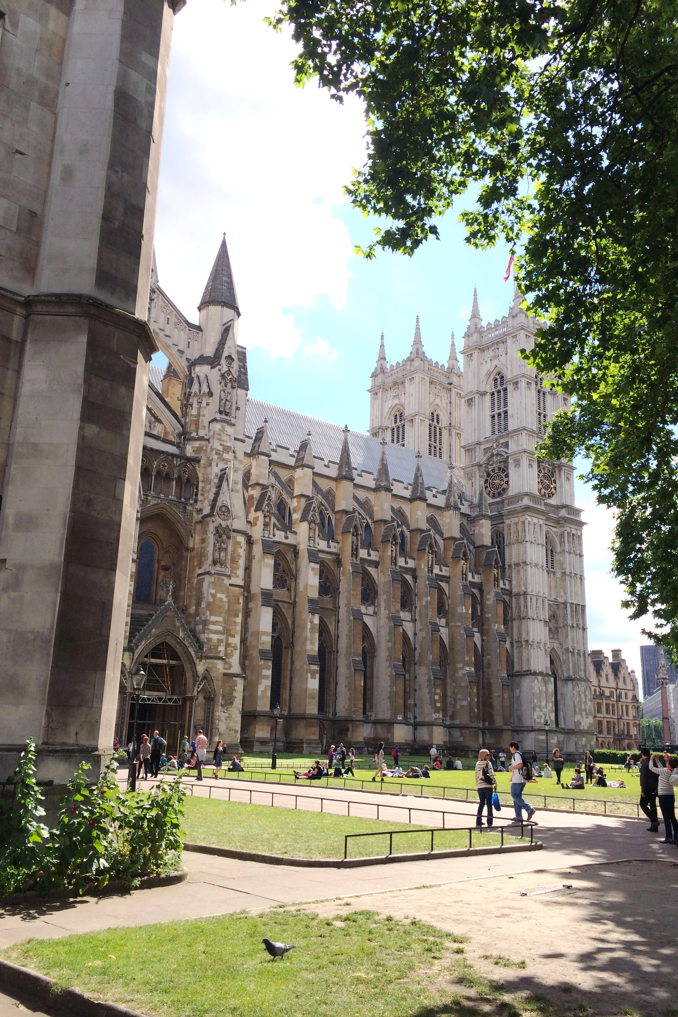 Westminster Abbey (I always want to call it West-Minister, as pronounced by my friend Evah in Maryland :)