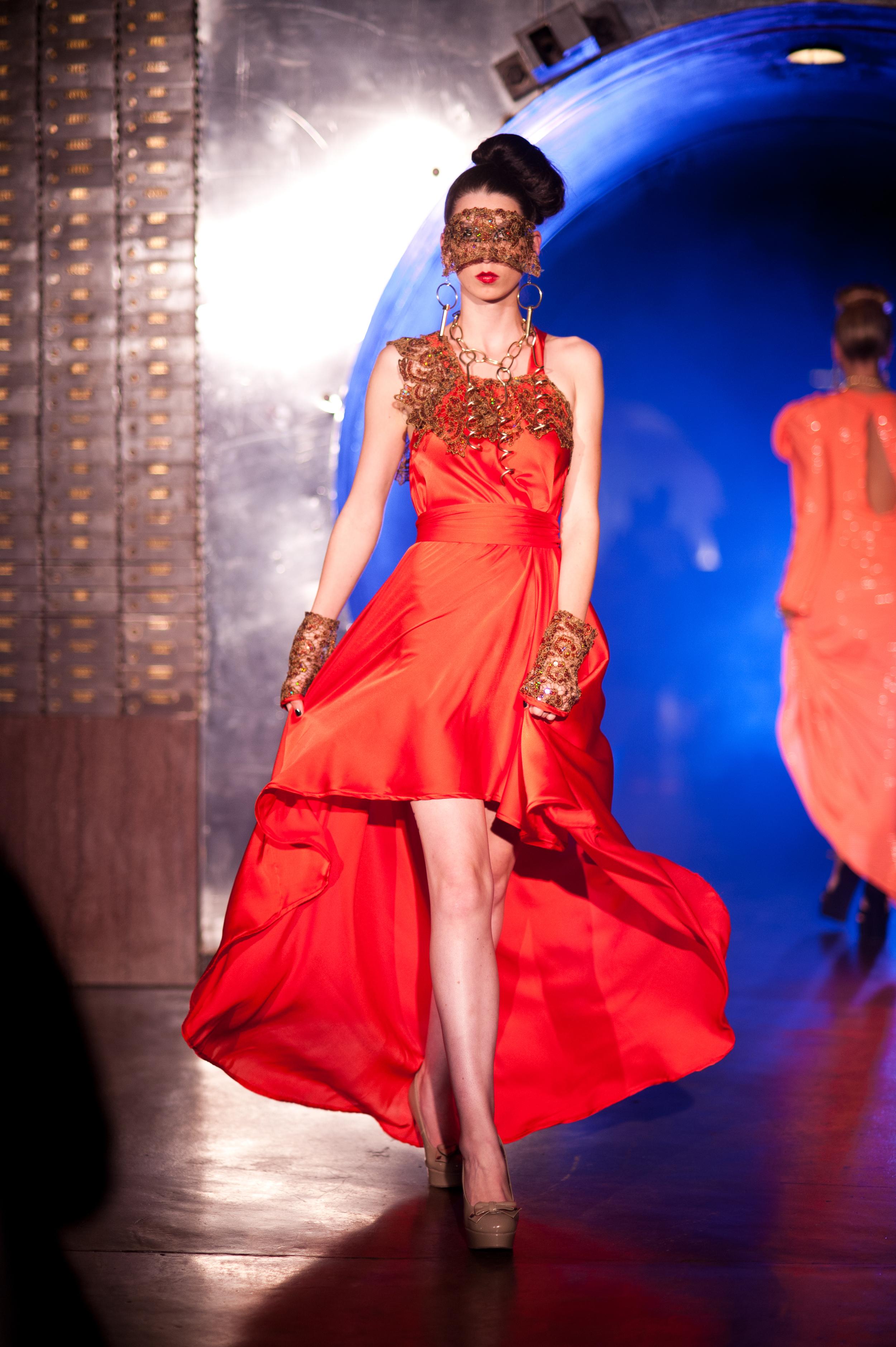 Model: Anna Poston    Photo credit: David Kilper