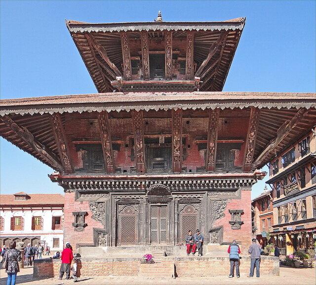 4Pashupatinath-Temple.jpg