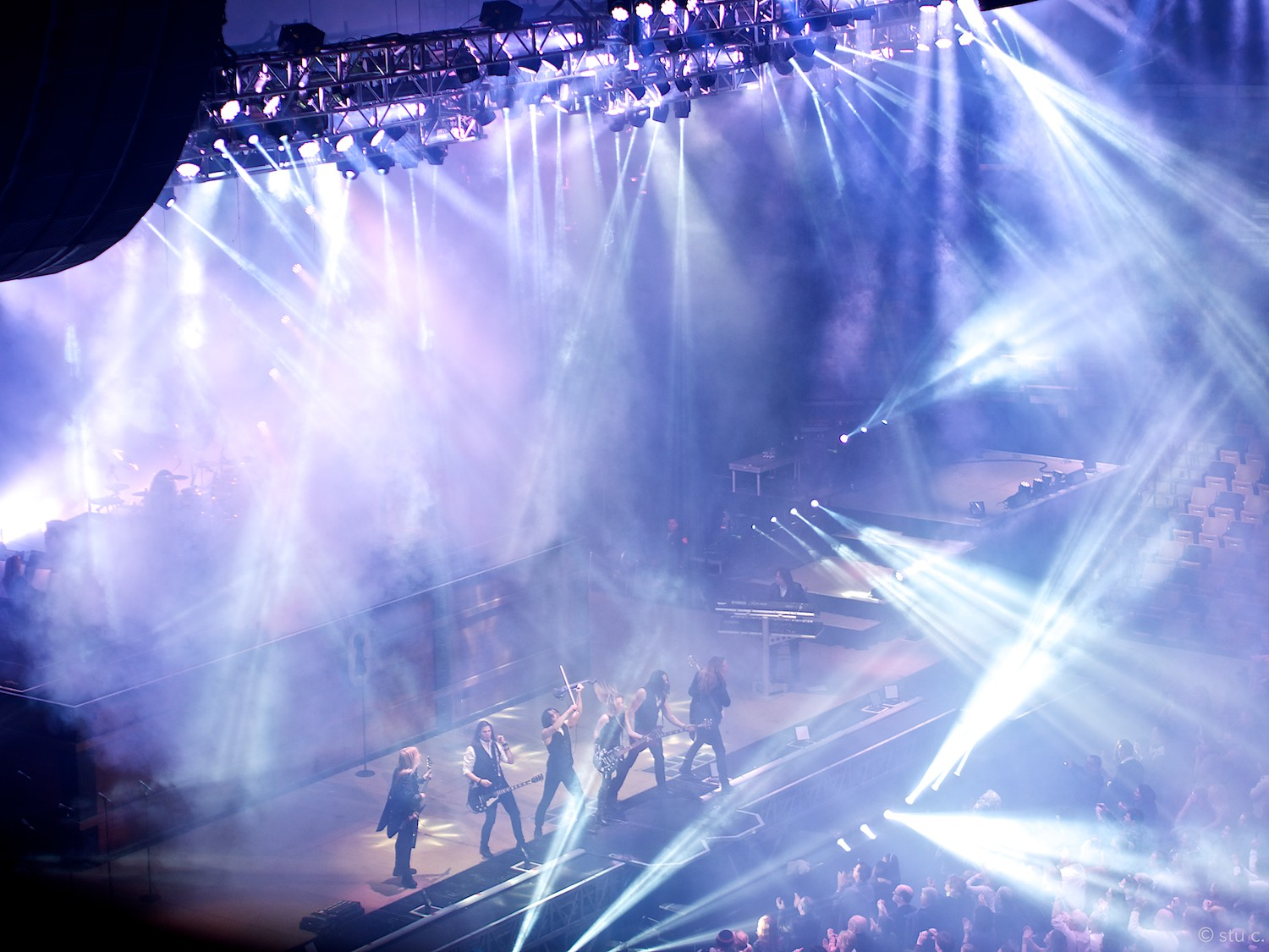 Part of the climax, most musicians are on stage, lights are going crazy
