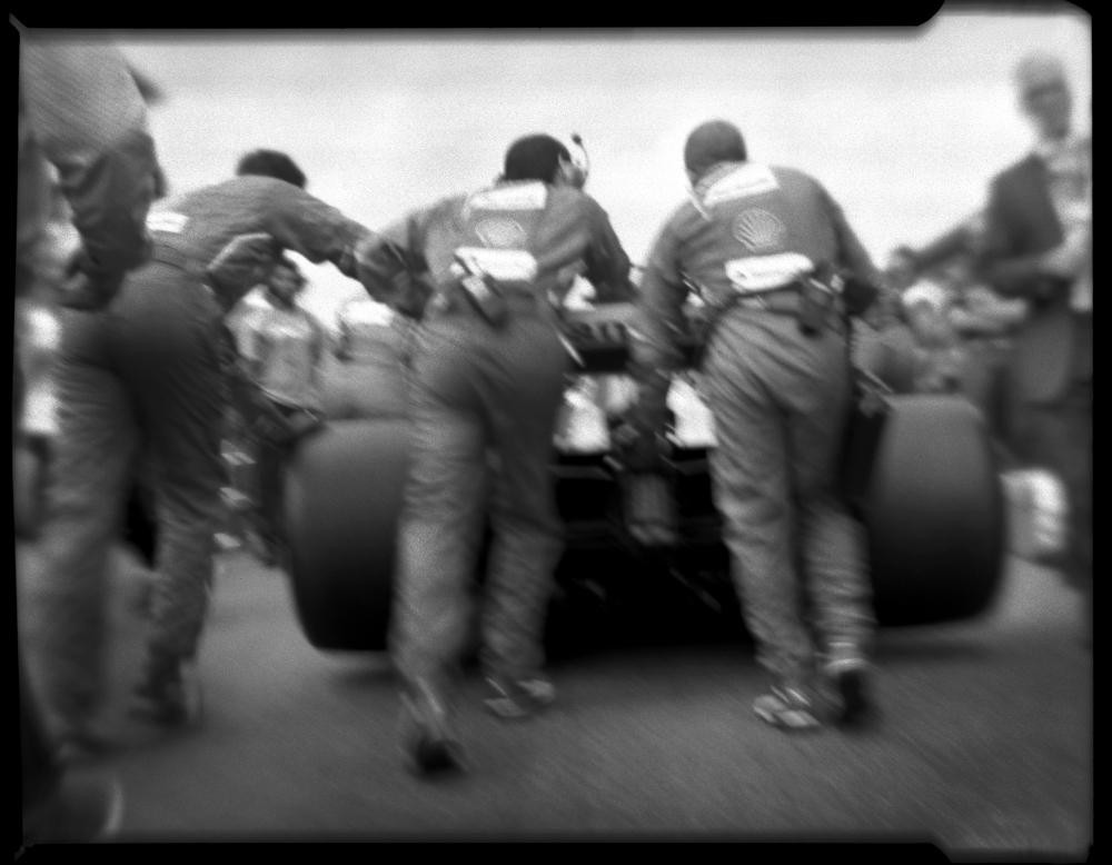 Ferrari_TAG.jpg