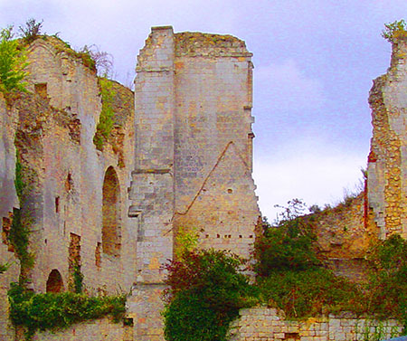 The ruins of the castle of Picquigny