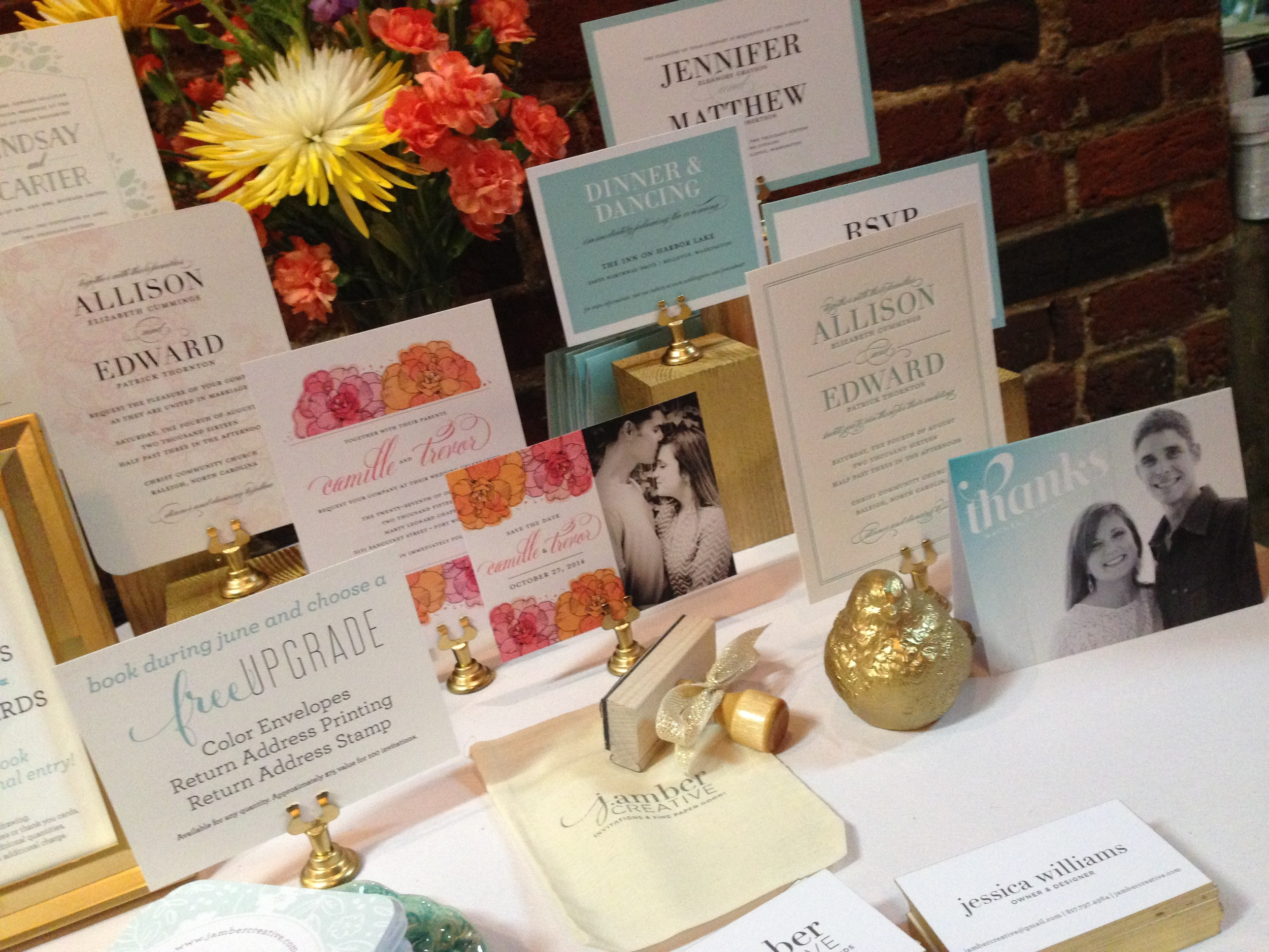 Some details of my table. Those gold edge-painted business cards were quite the show-stealer.