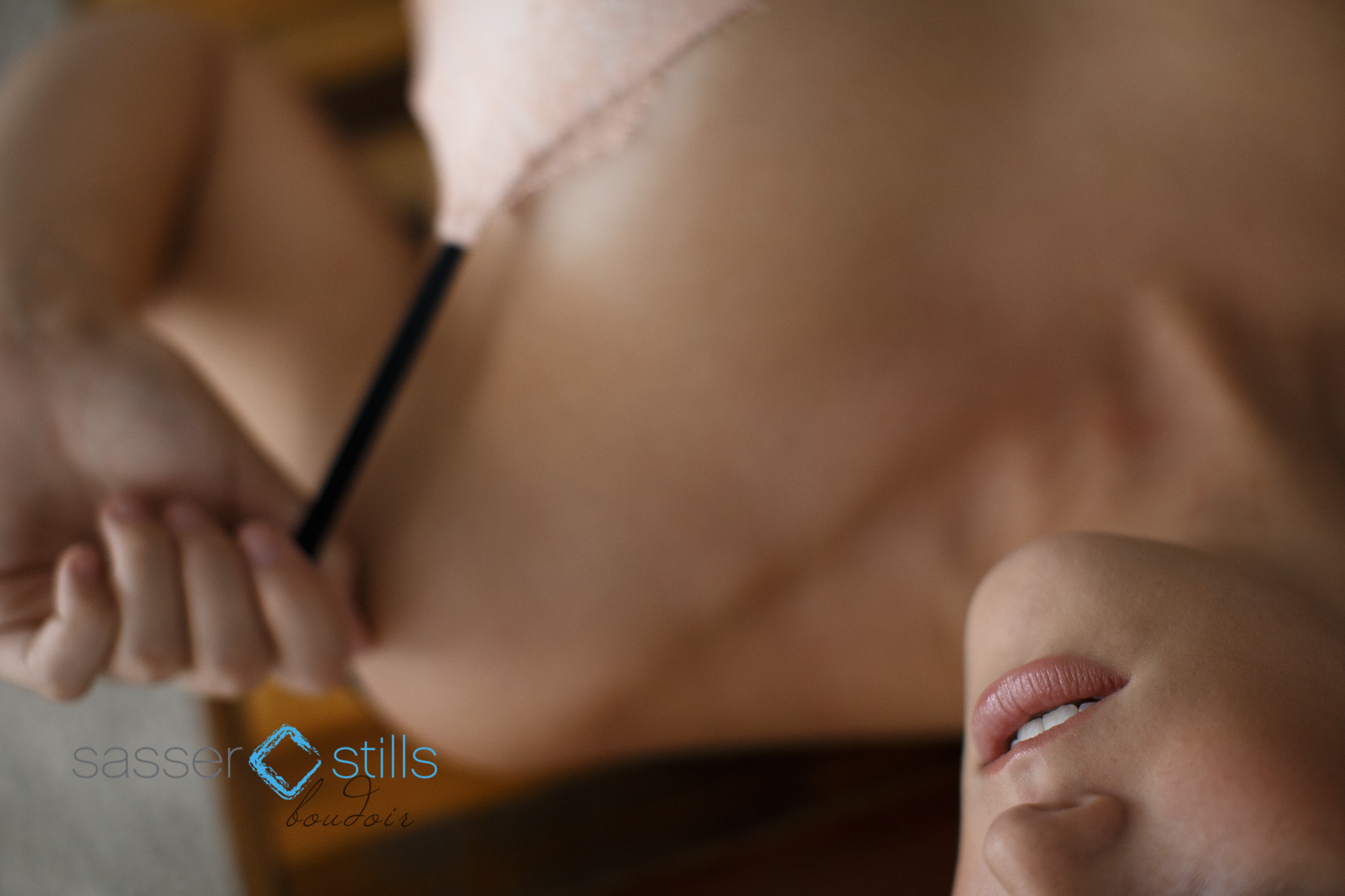 SexyWomanPhotographer-0002.jpg