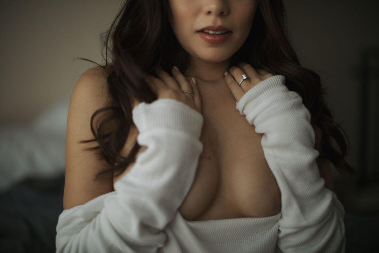los angeles bride poses in boudoir photo shoot