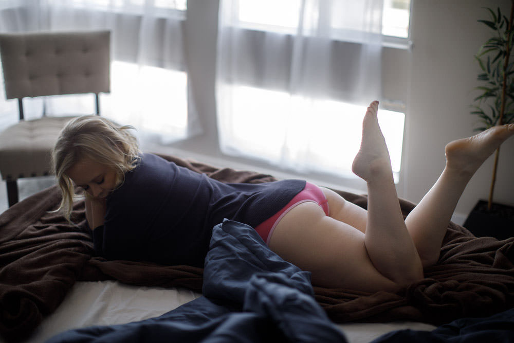 Curvy boudoir photo shoot los angeles