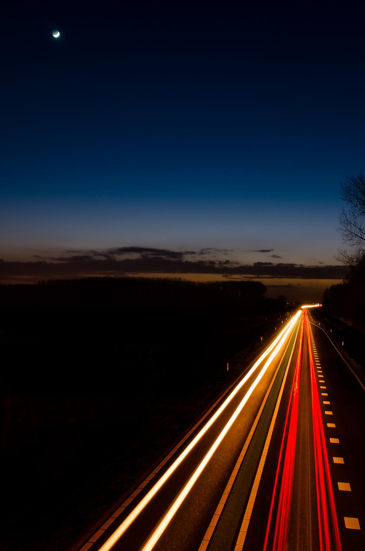 Digitale snelweg: 20 sec. @ f/11 ISO 100, 24 mm