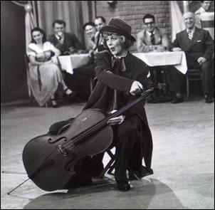 Lucy cellist.jpg
