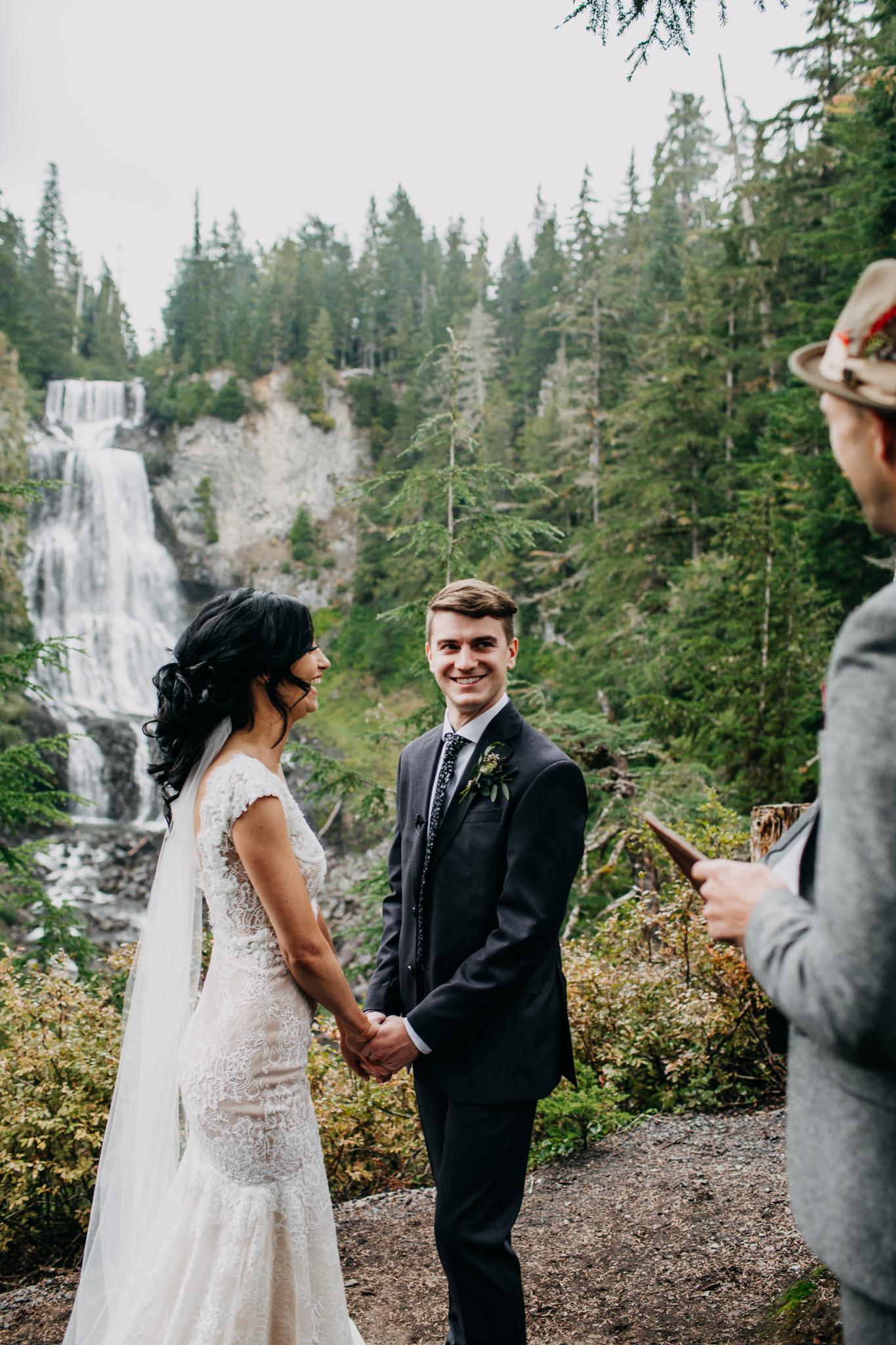 allison-linden-alexander-falls-nita-lake-whistler-elopement-web-205.jpg