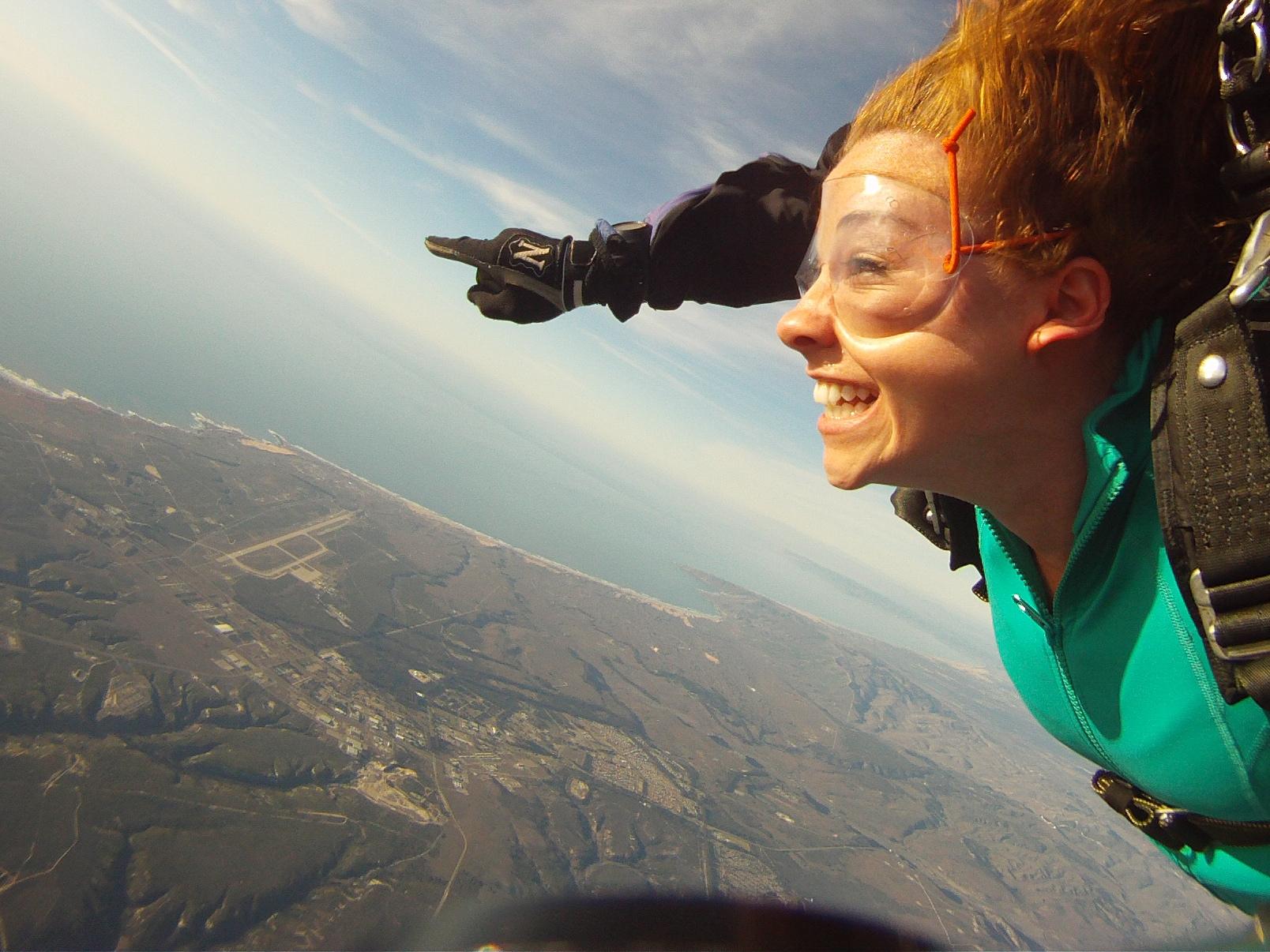Sky dive 3.jpg