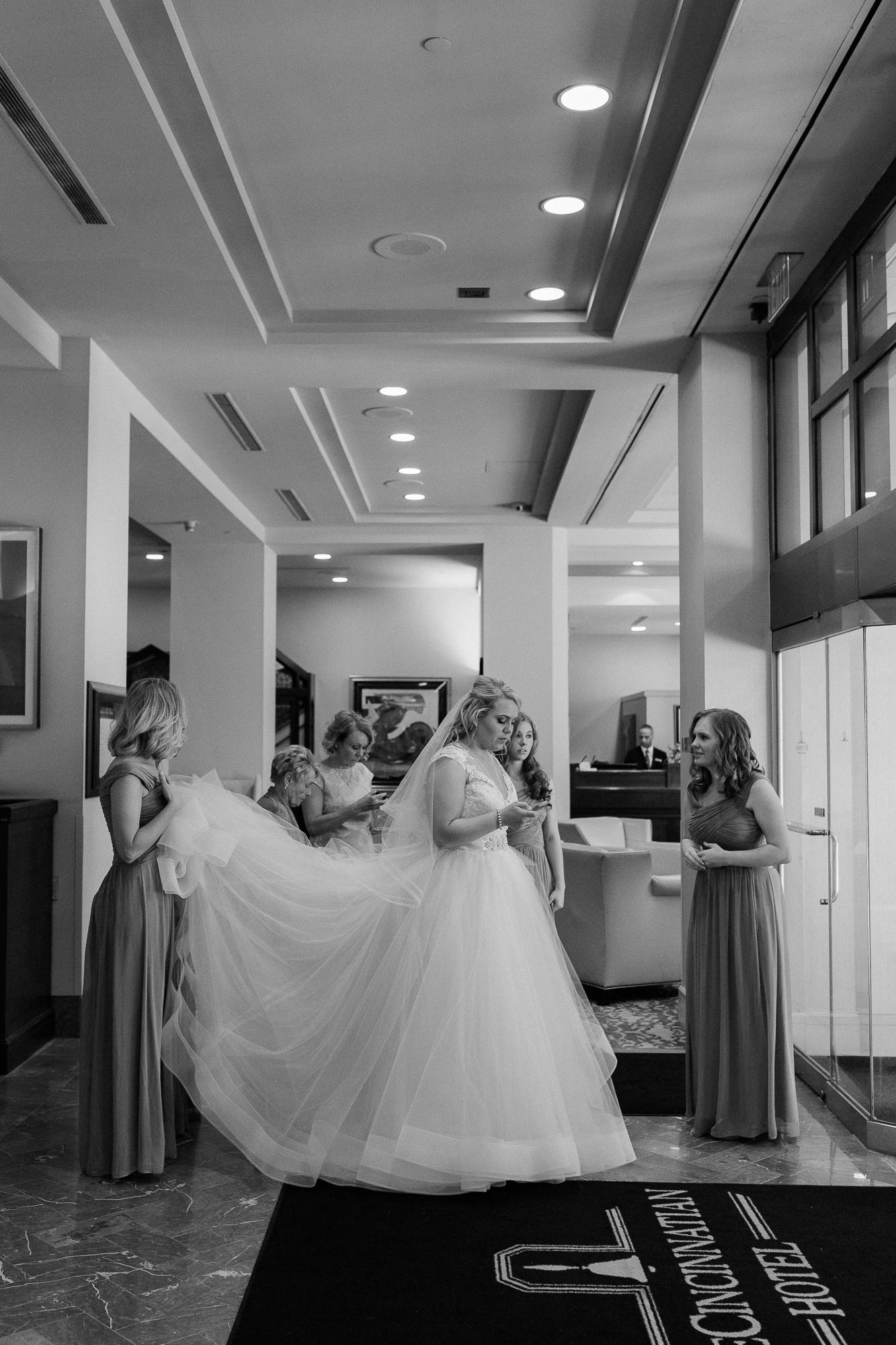 downtown-cincinnati-wedding-photographer.jpg