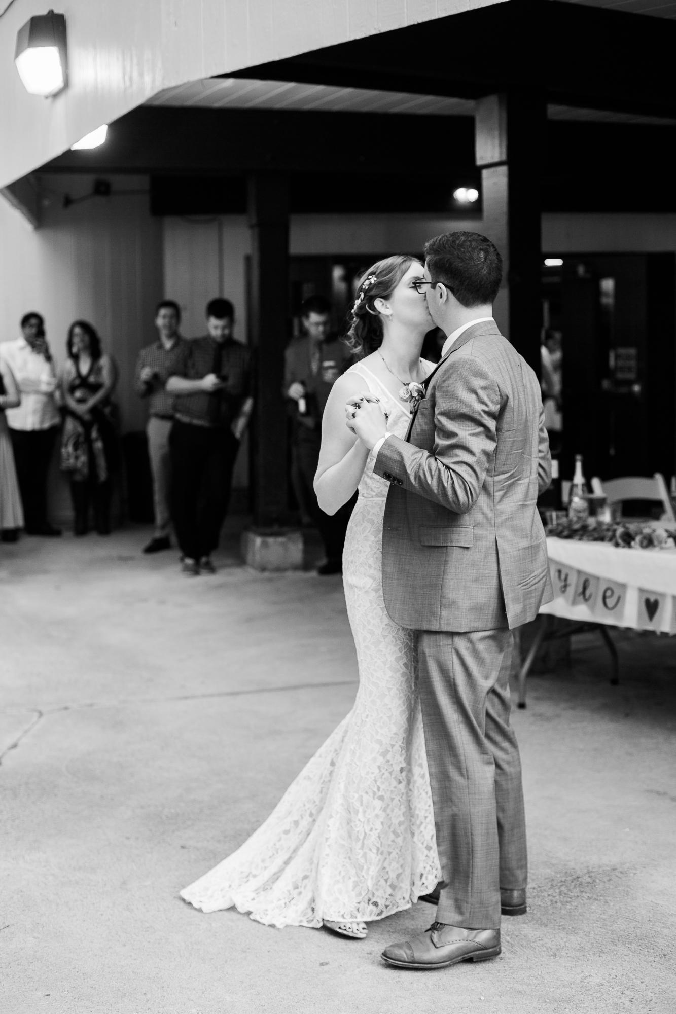 cleveland-wedding-photographer-14.jpg