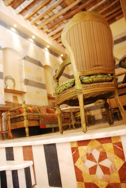 1damascus-rennaisance-courtyard-chair.jpg