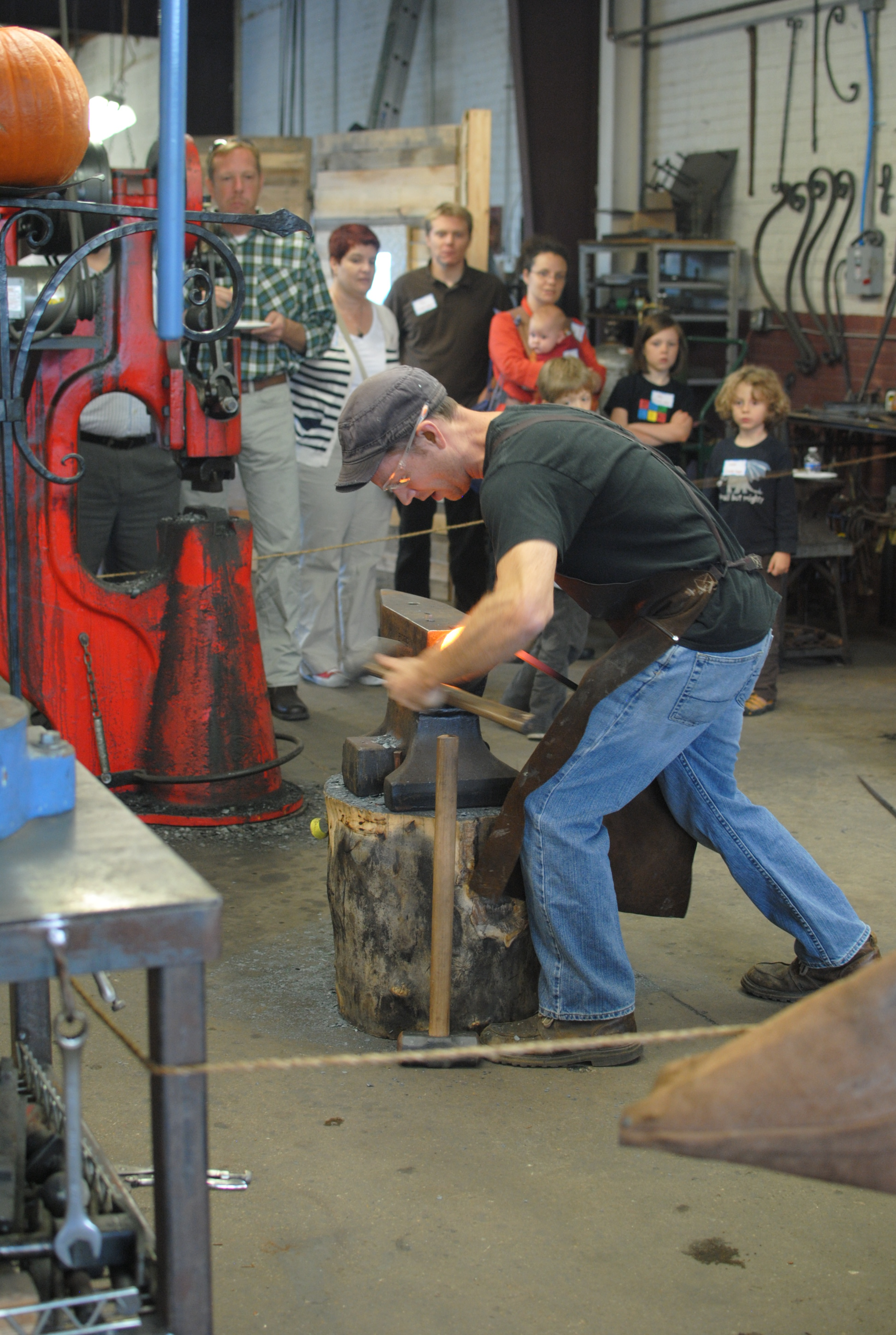 Blacksmithing-demo-PH2013.JPG