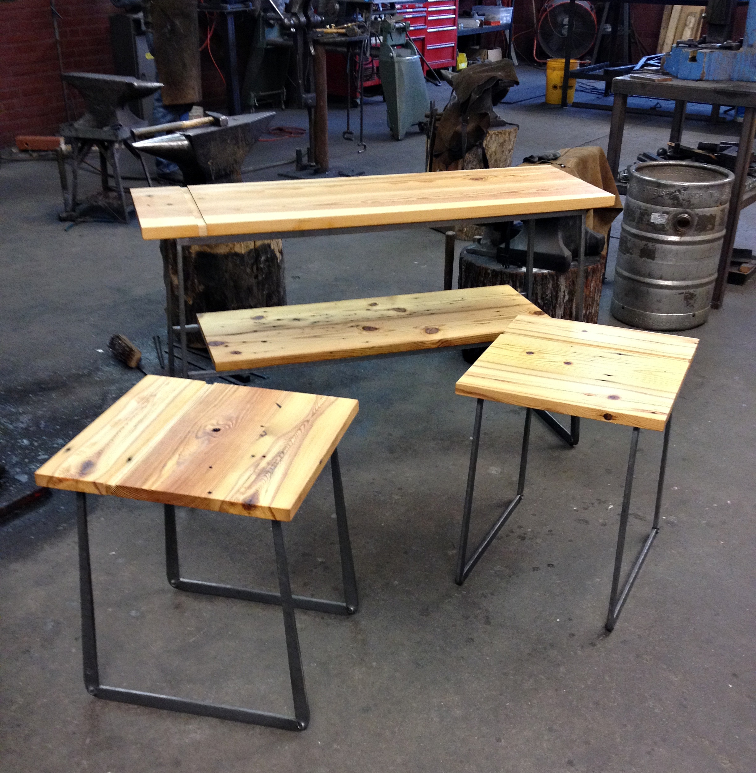 Forged-base-table-set-PH2015.JPG