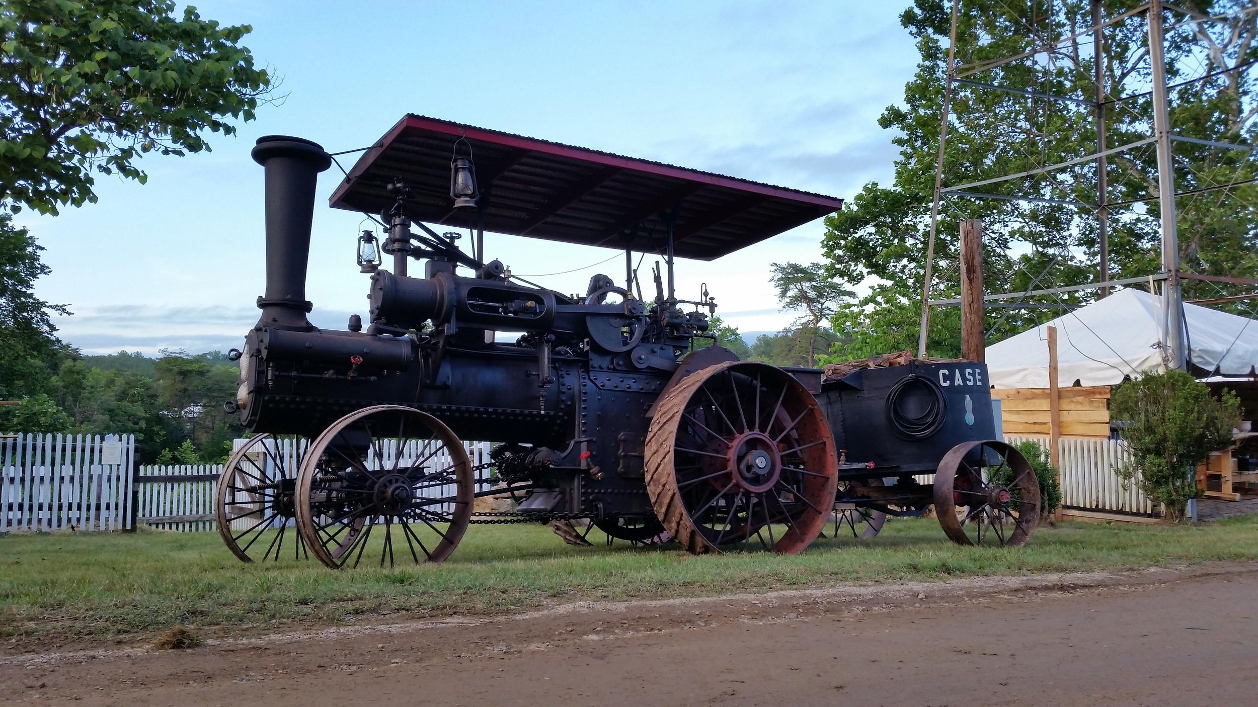 1903-Case-steam-tractor.jpg