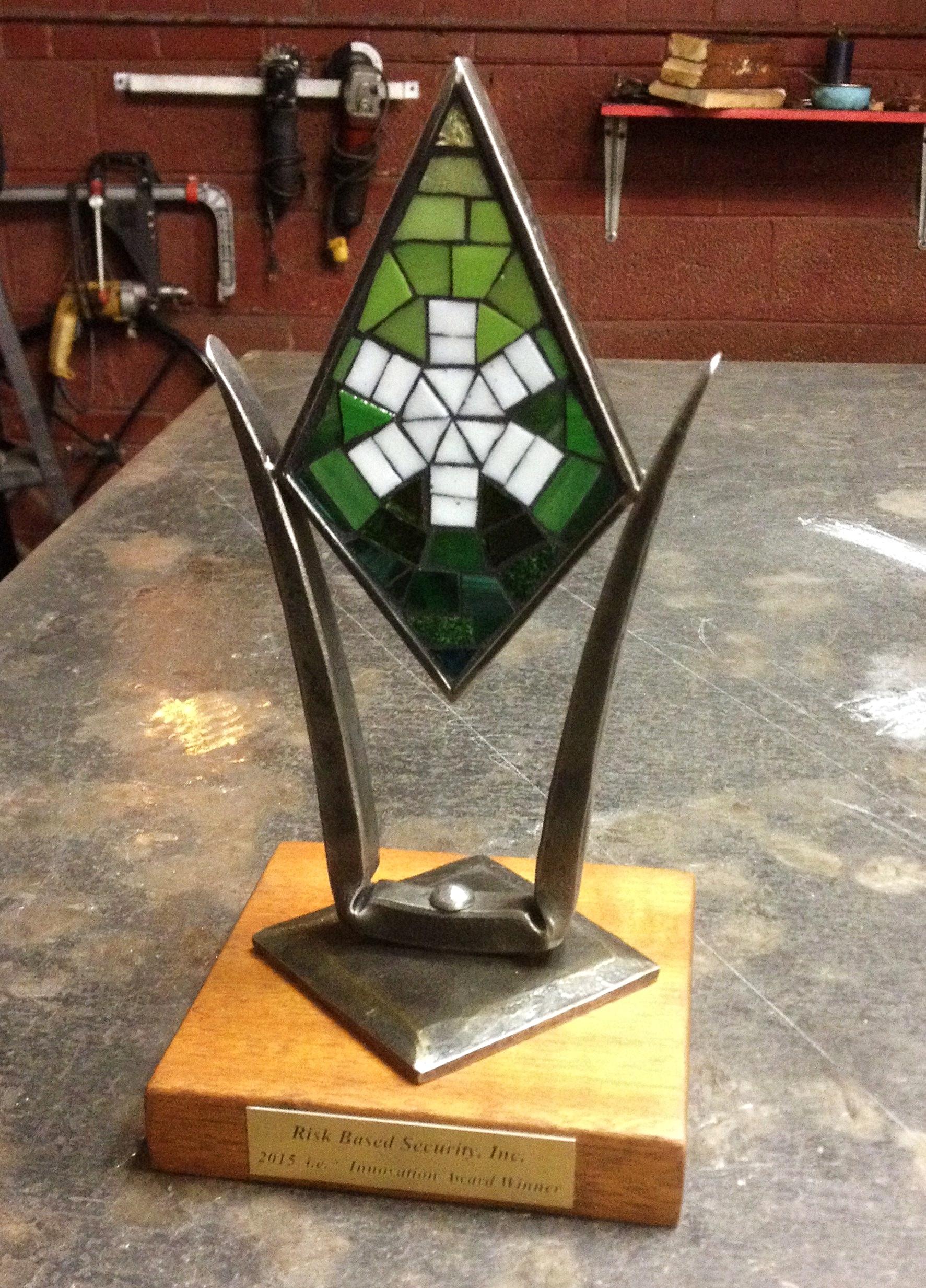 ie trophy PH2015.JPG