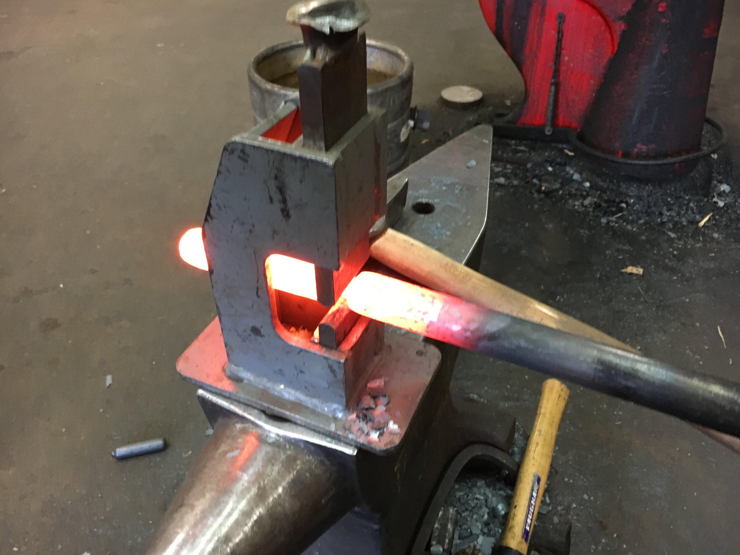 Using a fullering tool
