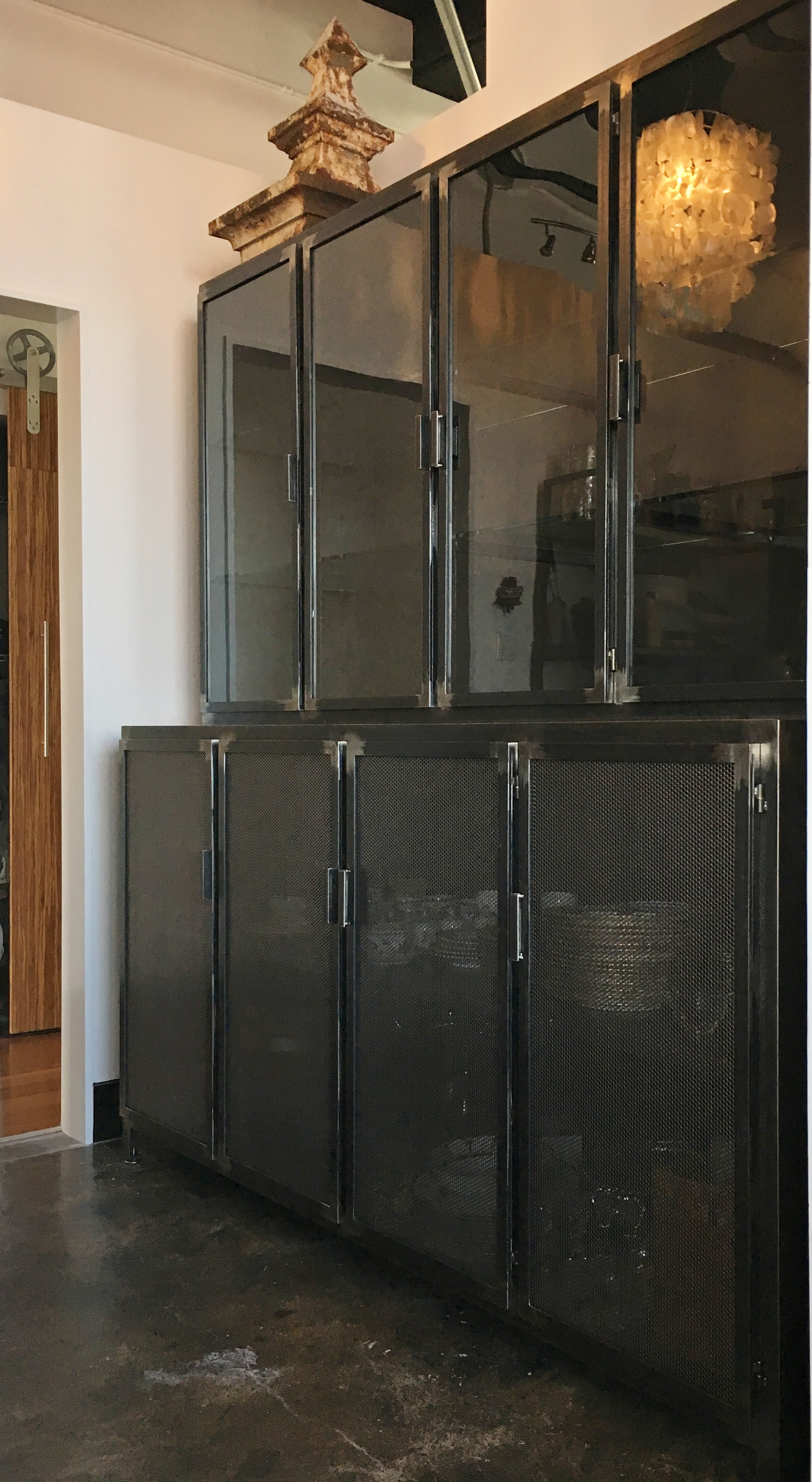 Steel butler's pantry PH2017