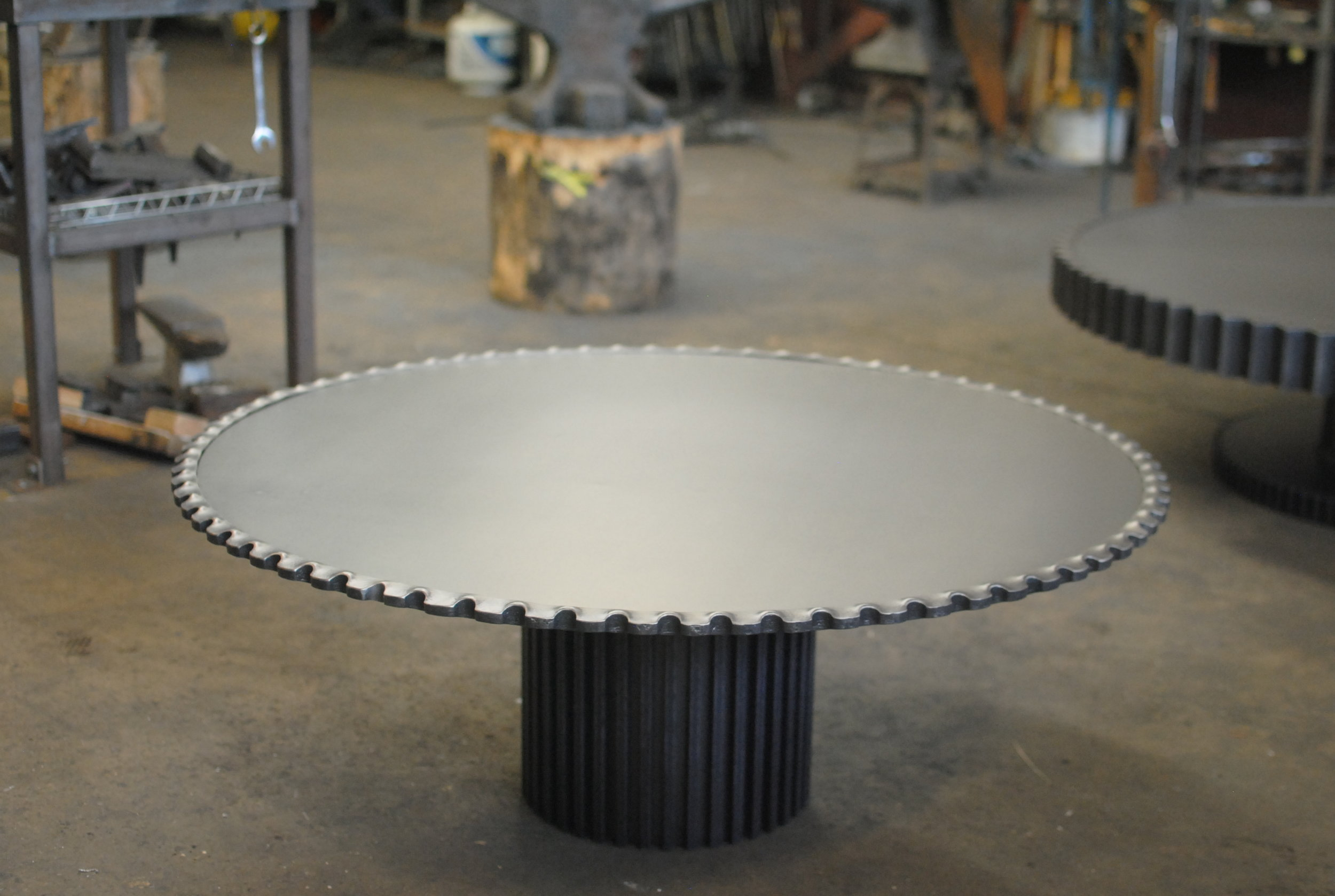 Forged gear table