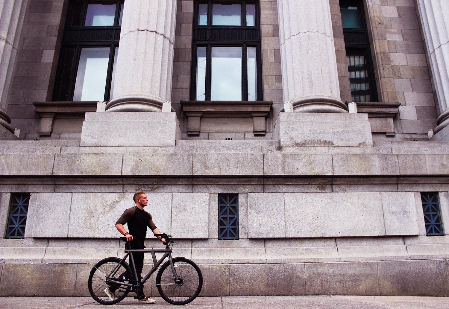 Vanmoof S5 in Old Montreal