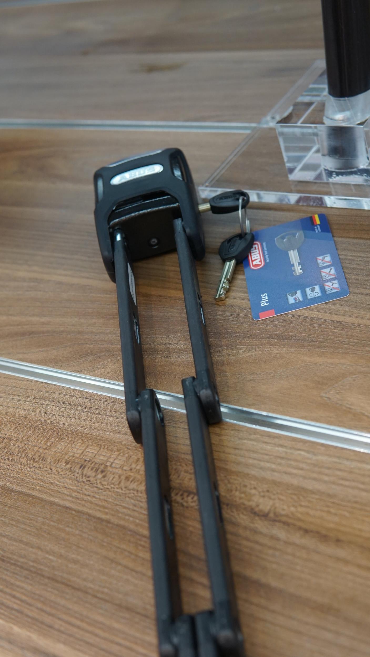 ABUS- bordo-600-a-190-alarm-bike-lock-montreal-canada.JPG