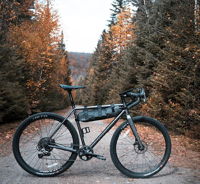 @velolifestyle 's Bombtrack Hook EXT is looking very naked right now. See it at this Friday's event in full gear as it was for the @silkroadmountainrace . Link in bio⬆️