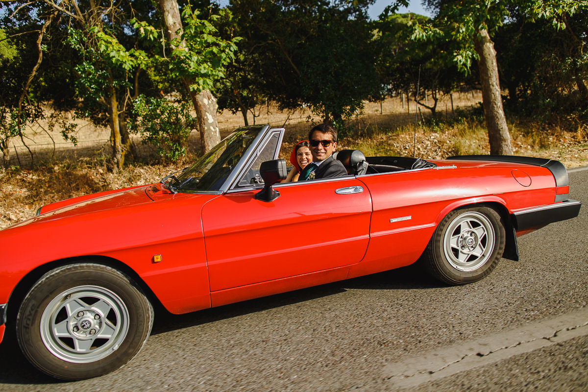 alfa-romeo-spider-wedding.jpg
