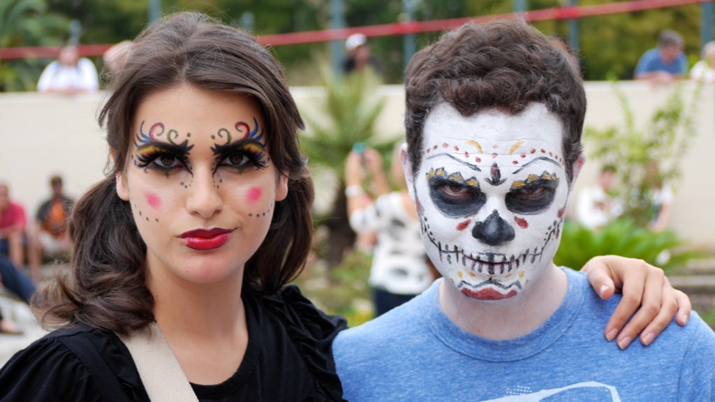 Juliana & Todd in their amazing face paint.