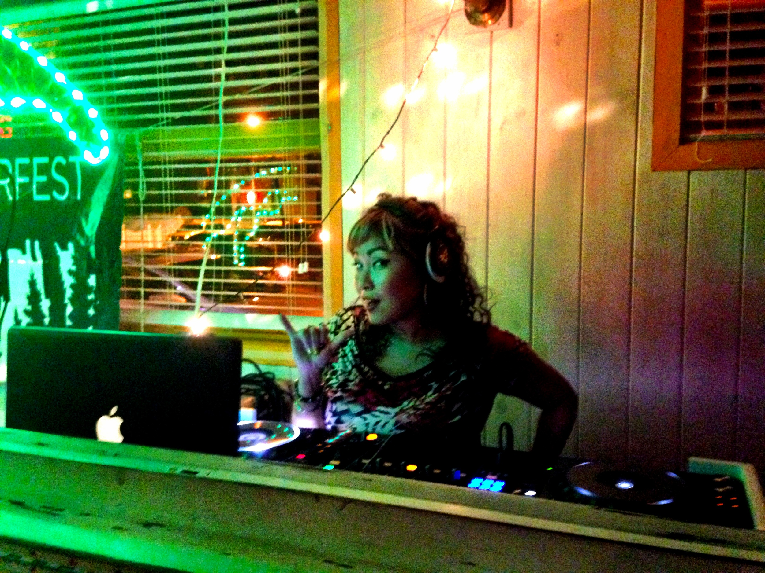DJ Cindy Kim making awesome beats happen!