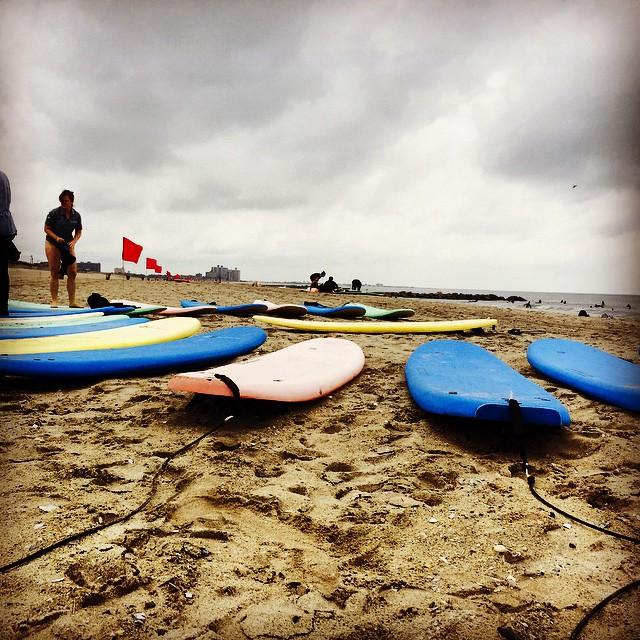 Beach_Day_has_begun__Setting_up_for_surfing_on_the_beach_with__skudinsurf___surfing__surfnyc__outdoornyc__beachtown__outdoorfest__OFNYC15__trippixapp_by_outdoorfest.jpg