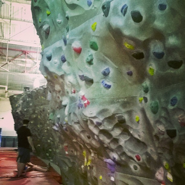 Afternoon_bouldering_session__chelseapiersnyc__OFNYC15__TripPix__getupgetout__ITrainFor__theclimb_by_monalisa_kenny.jpg