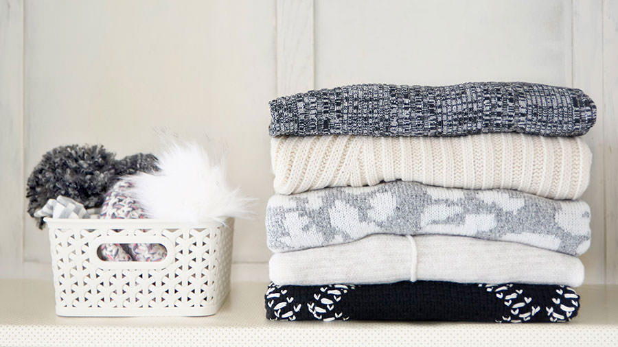 Smart ways to declutter your home for winter