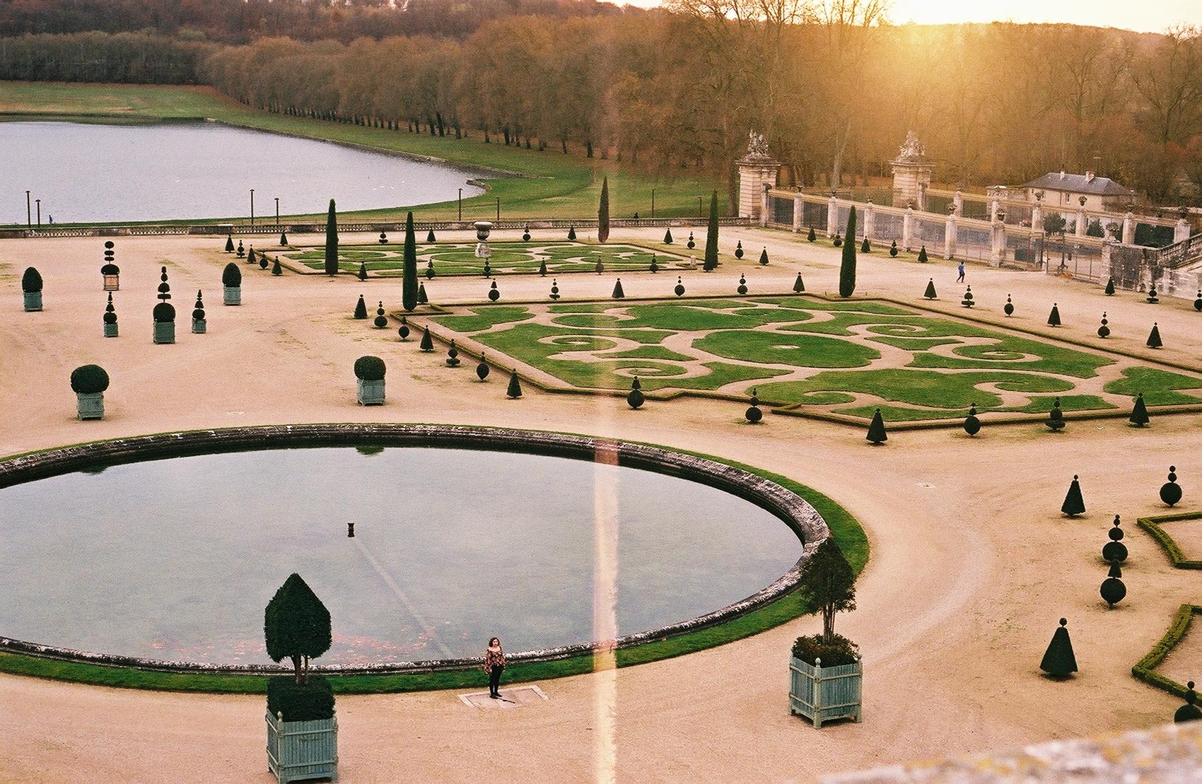 self portrait in the garden of Versailles