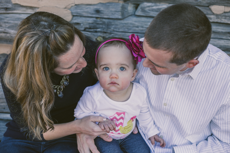 Winter Family Session :: The Arrow House