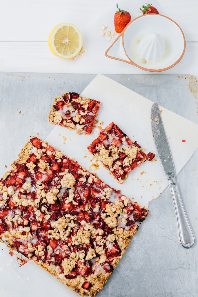 Gluten-Free Strawberry Oatmeal Bars