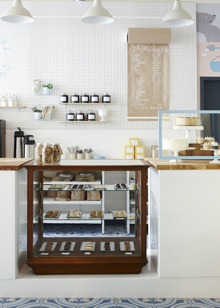 Cafe bake-case + POS station