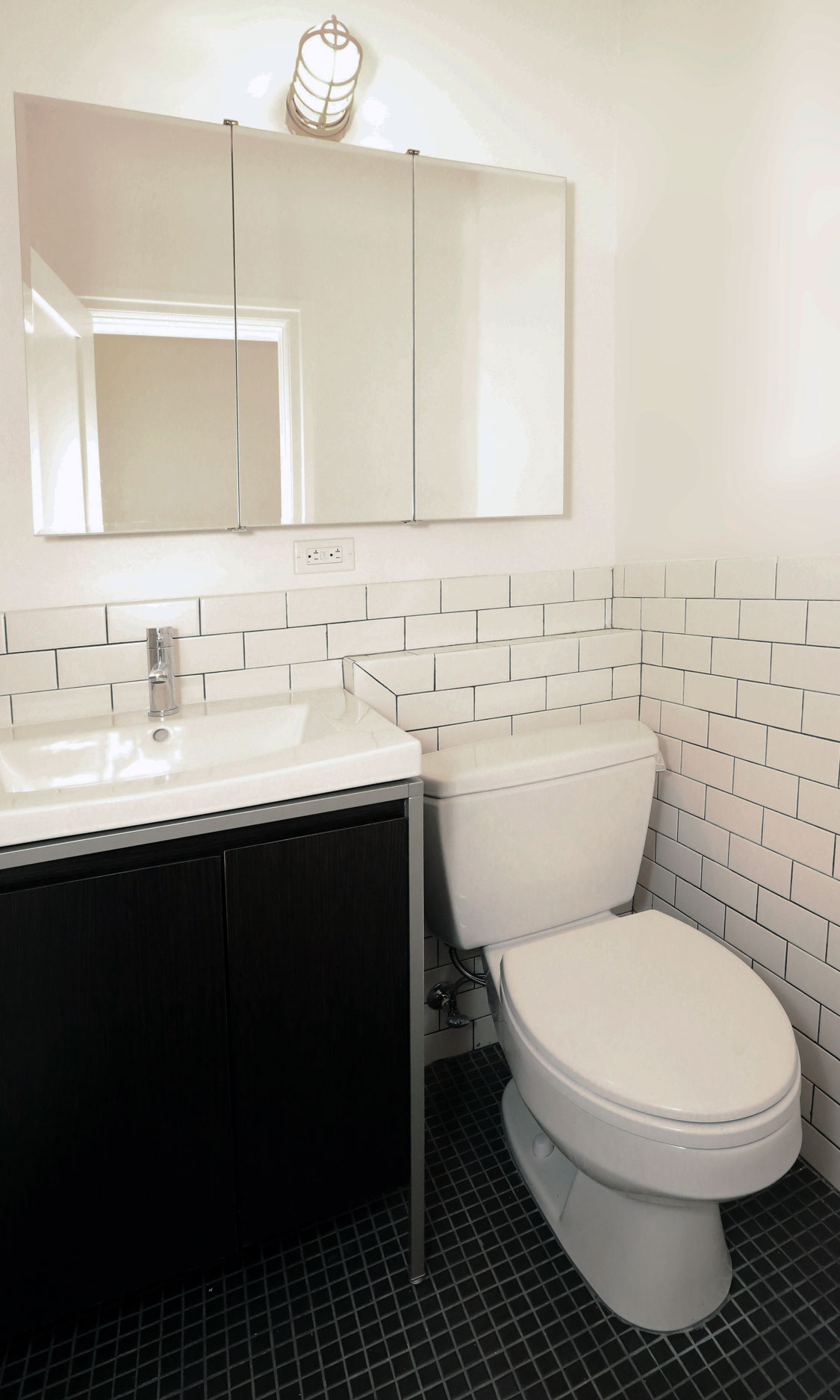 Unit bathroom