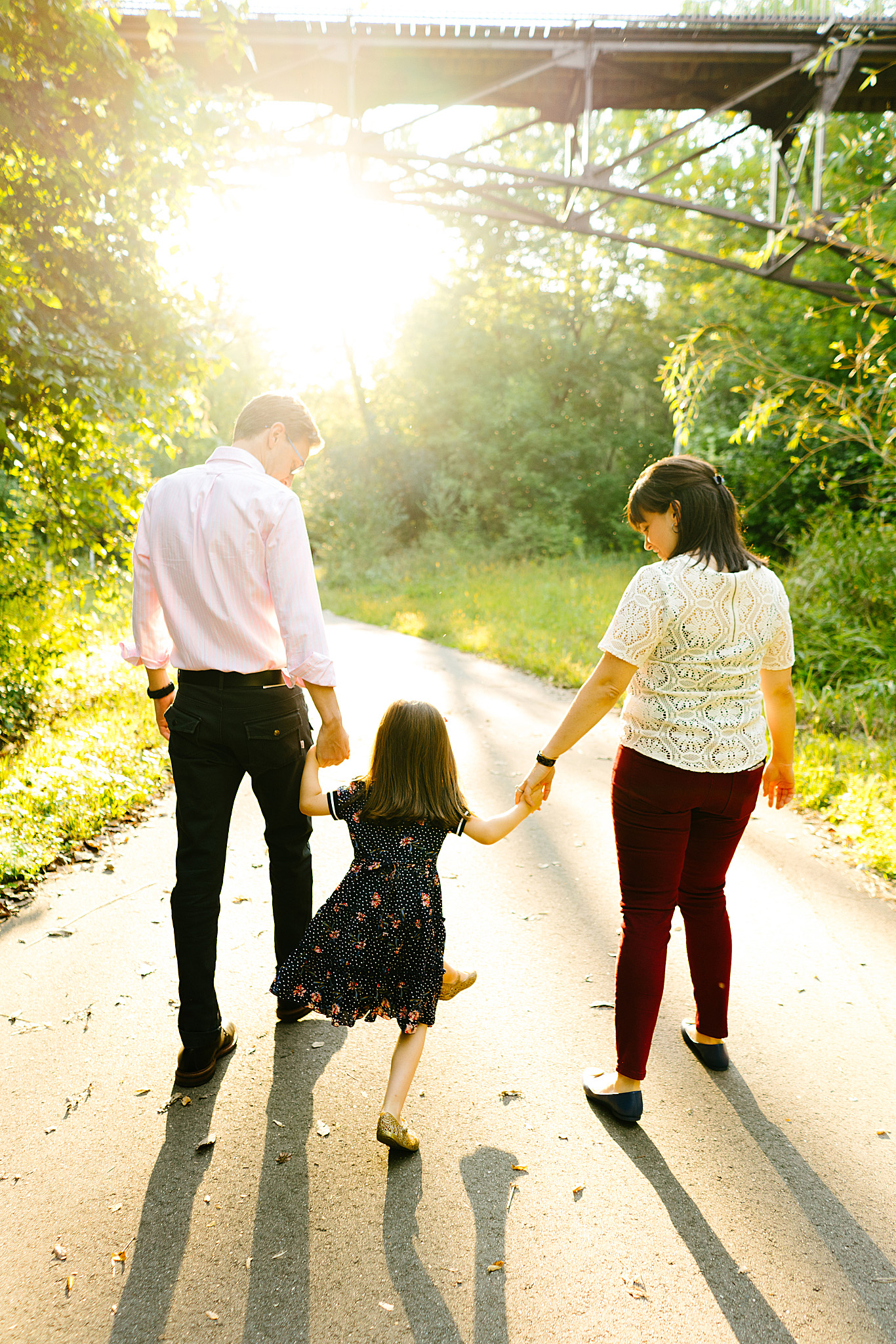 Minnehaha Creek Family Portraits