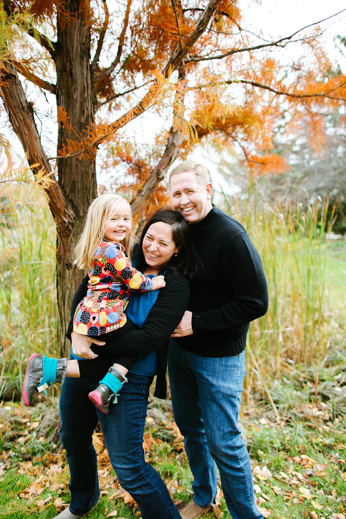 Fall Family Portrait Sessions at the Minneapolis Peace Garden by Lake Harriet
