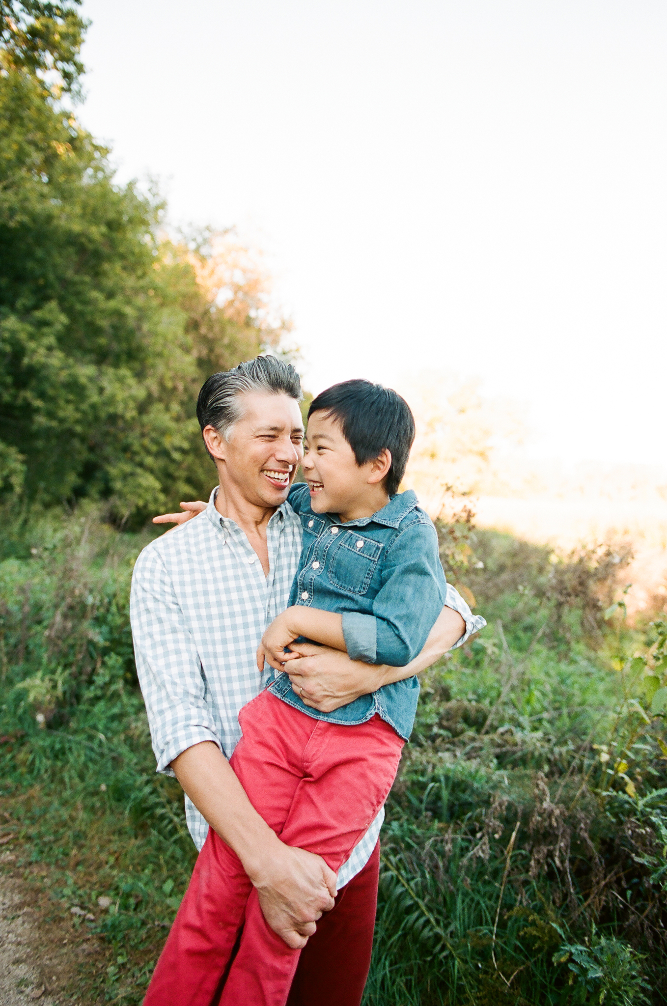 Family Photos at Wood Lake Nature Center in Richfield, Minnesota