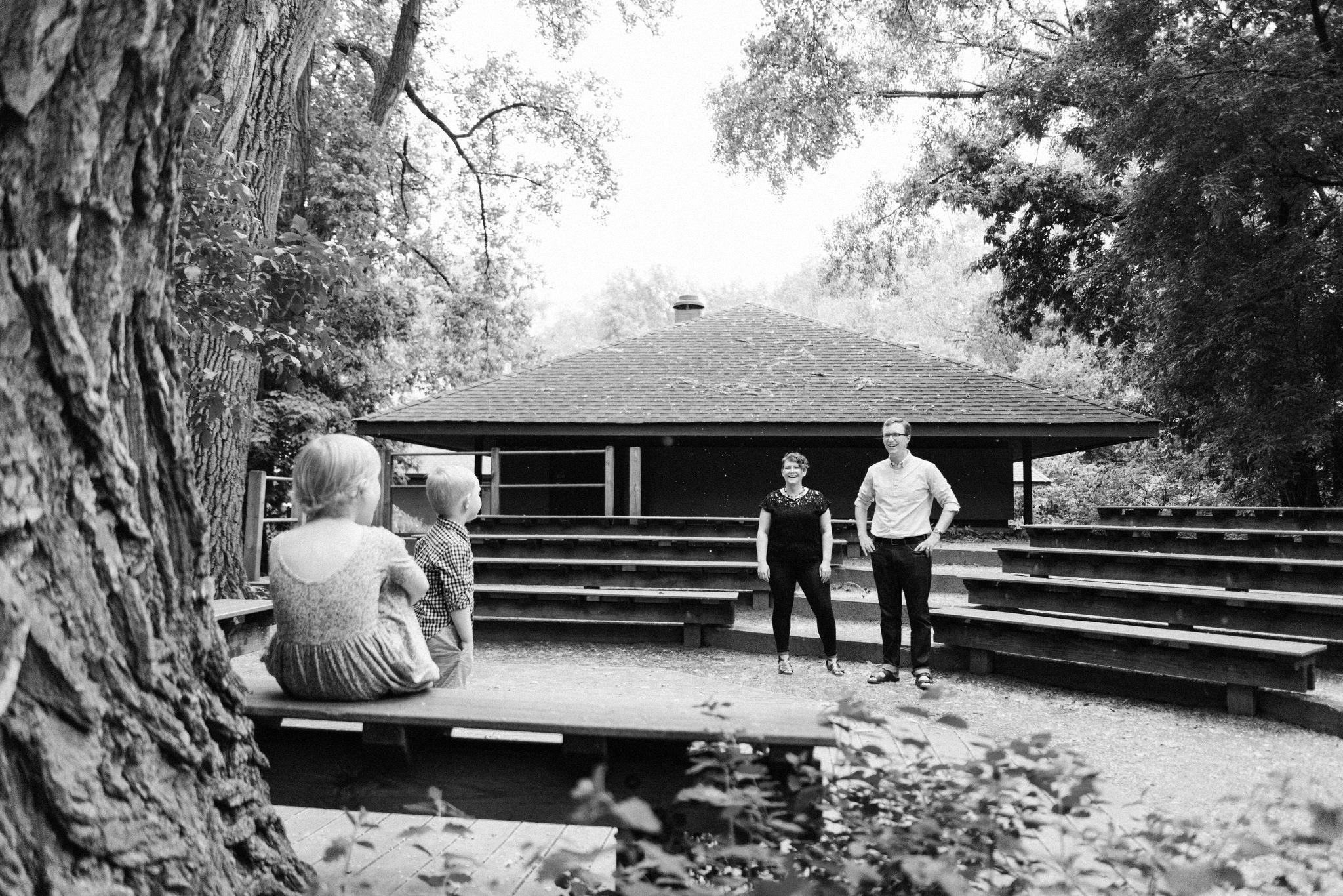Family Photos at Wood Lake Nature Center