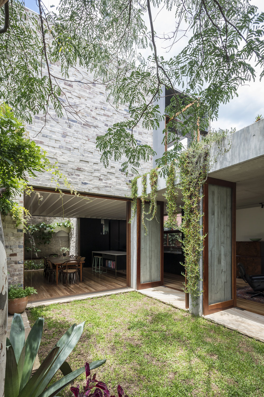 PADDINGTON COURTYARD HOUSE