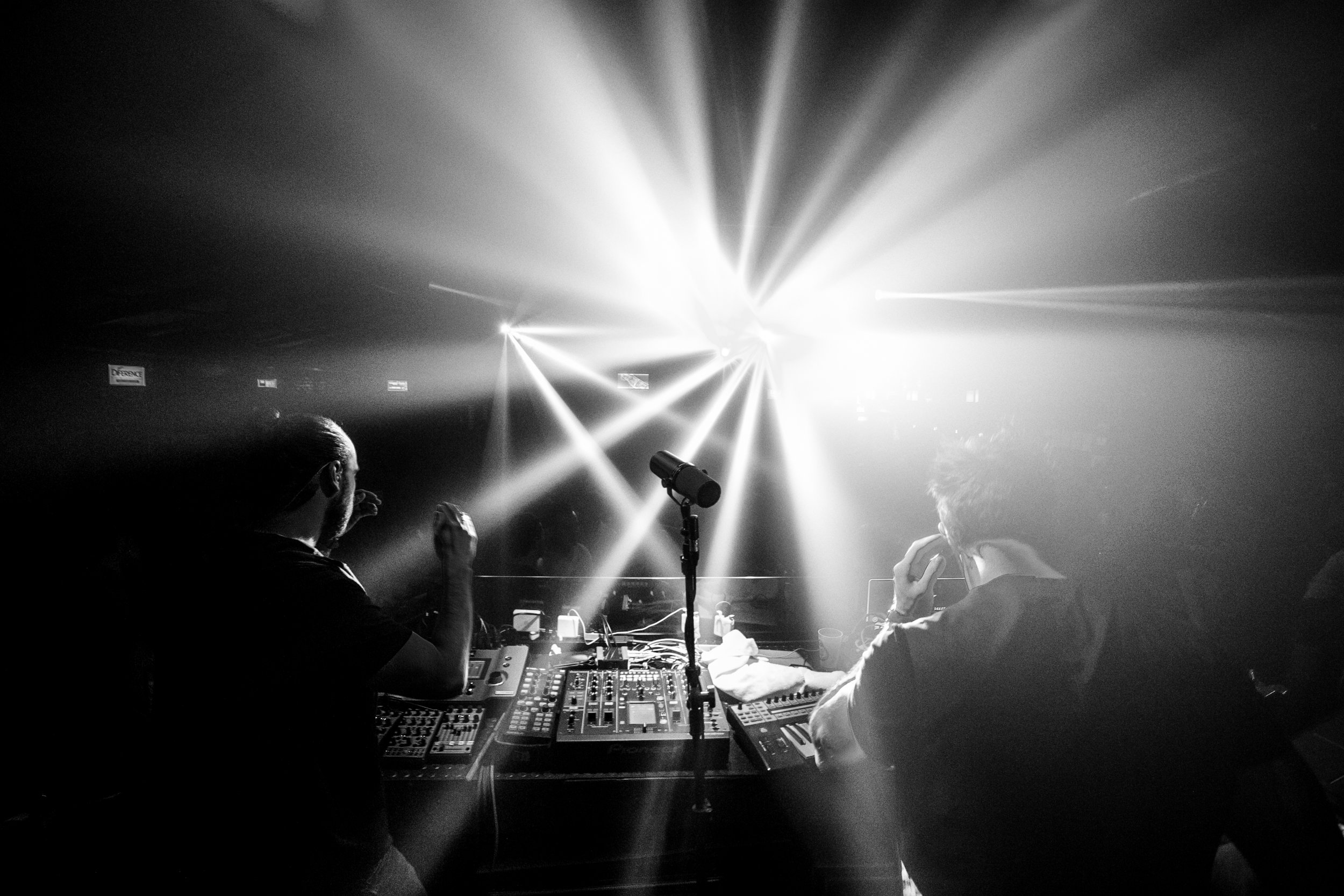Elekfantz live at Four Club.jpg