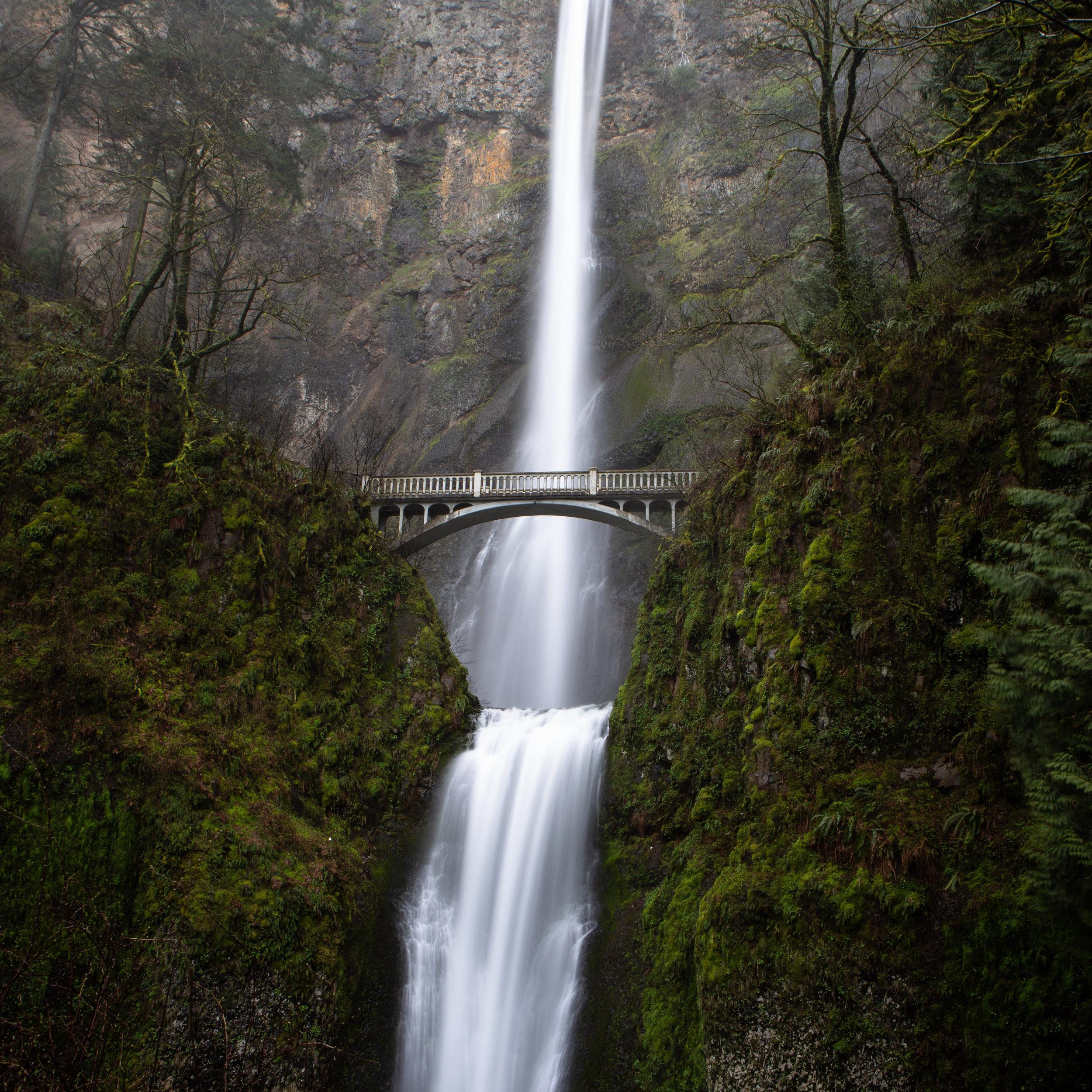 Portland multnomah falls waterfall mist bridge