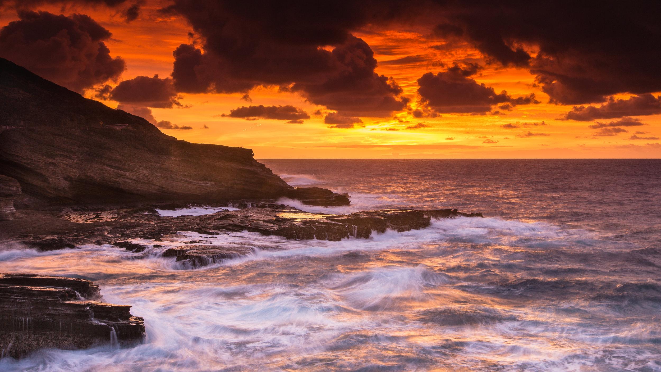 Oahu Lanai Lookout sunrise waves ominous