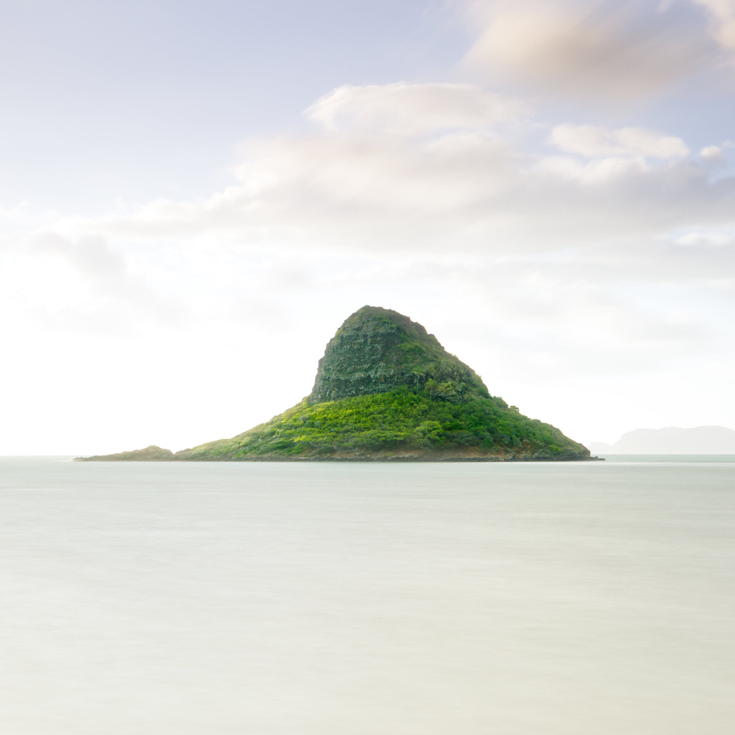 Oahu Kualoa chinaman hat island