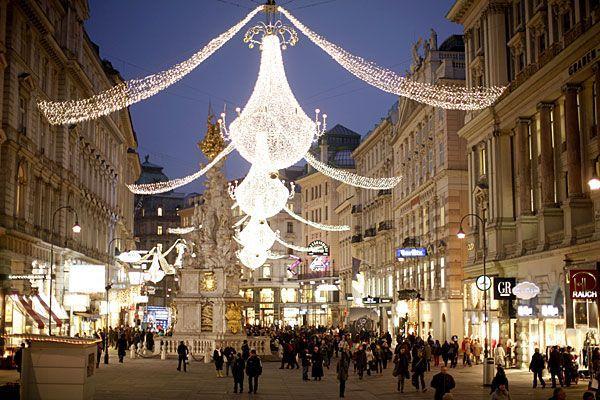 Weihnachtsbeleuchtung_Graben.jpg