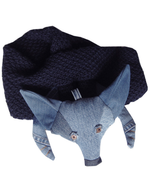 Knitted Foy Scarf  59€